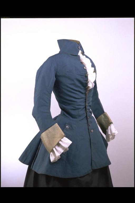 veste cavalière, 1750-1759, camel doublé de soie, Victoria and Albert museum de Londres