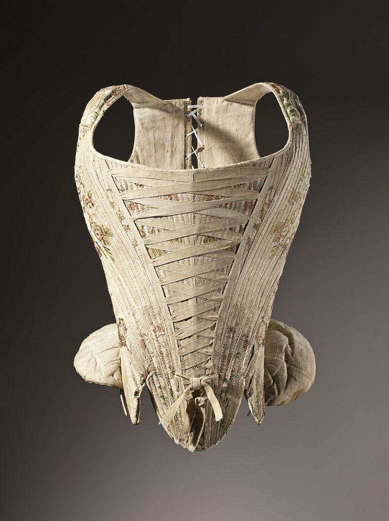 1730-1740 corps en soie