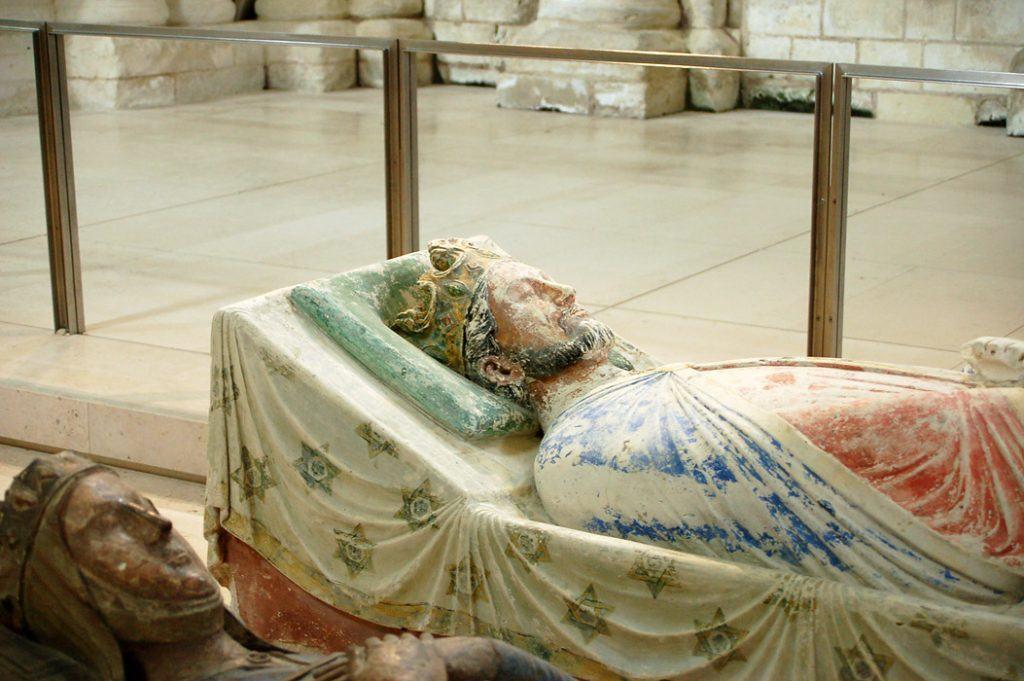 Gisant de Richard Cœur de Lion à l'abbaye de Fontevraud
