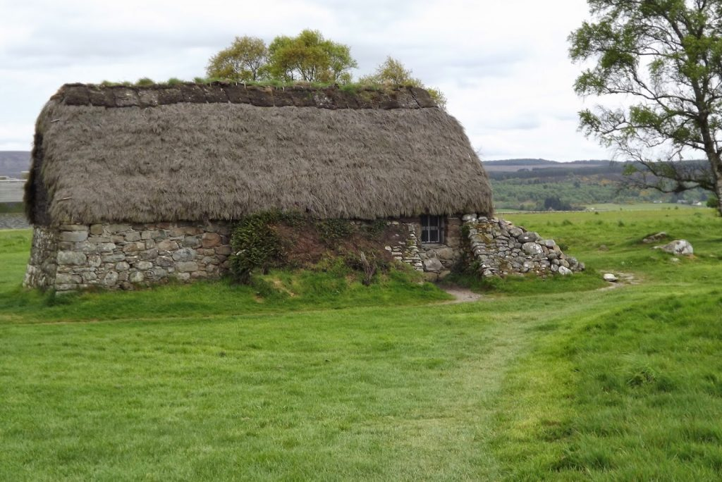 L'arrière du Leanach Cottage de Culloden Moor