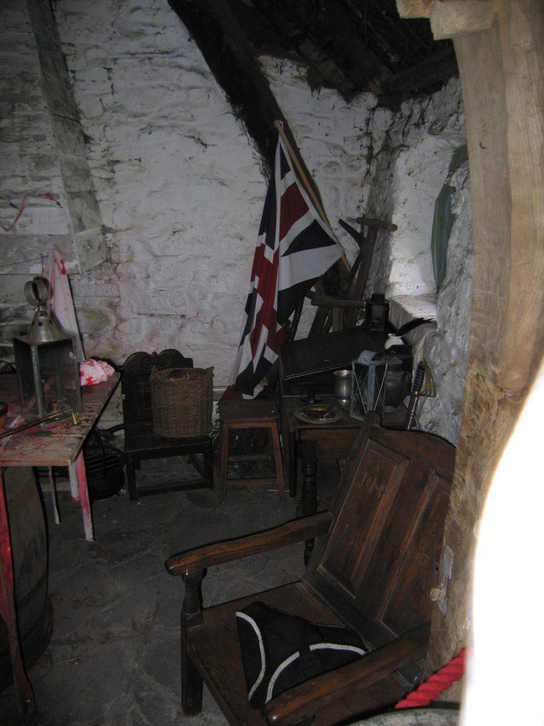 L'intérieur de Leanach reconstitué comme au 18e siècle - photo : Auz