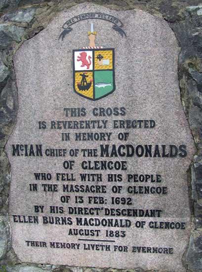 Stèle commémorative à Glencoe
