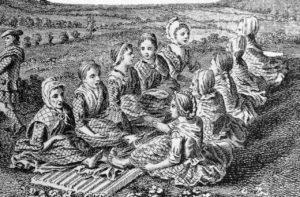 Gravure représentant des Écossaises en train fouler de la laine et d'autre entrain de broyer des graines (Quern and Luaghad with a view of Talyskir), vers 1772 gravure sur bois de Thomas Penannt's « A Tour in Scotland »