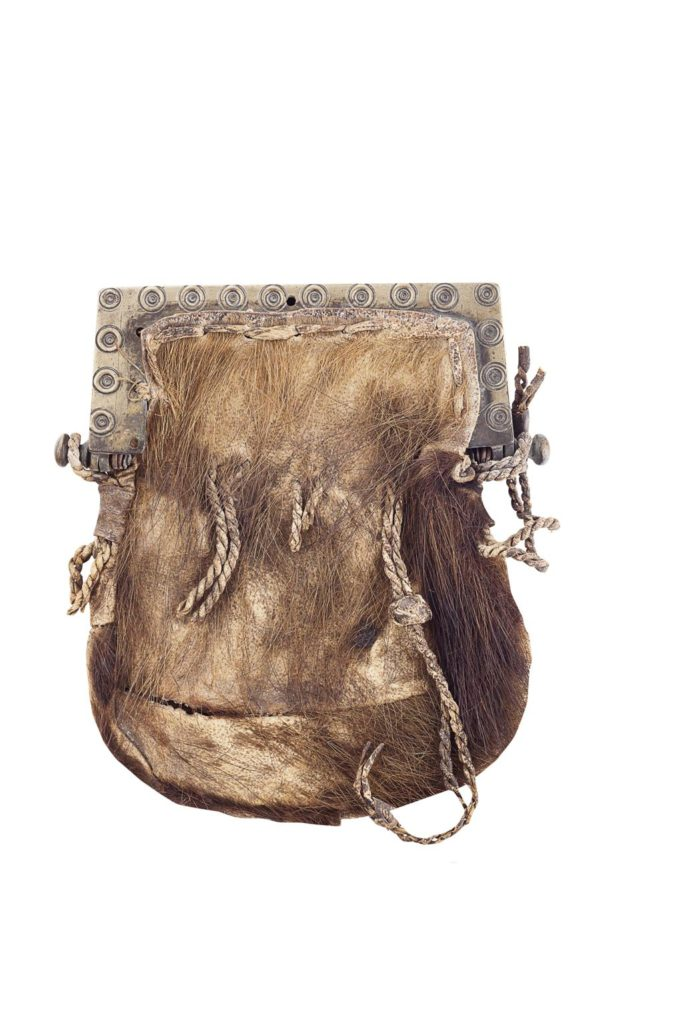 sporran 18e siècle - Peau de cerf et laiton