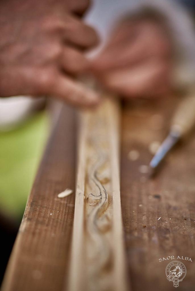 Le travail du bois - Saor Alba à Sully sur Loire - Photo par Vectan Prod