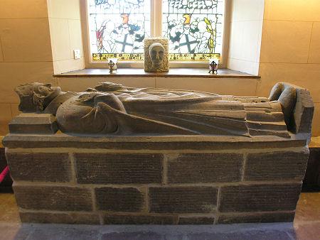 Gisant de St Kessog dans l'église de Luss
